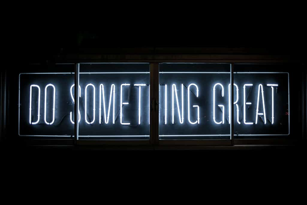 Do something great sign for your business website